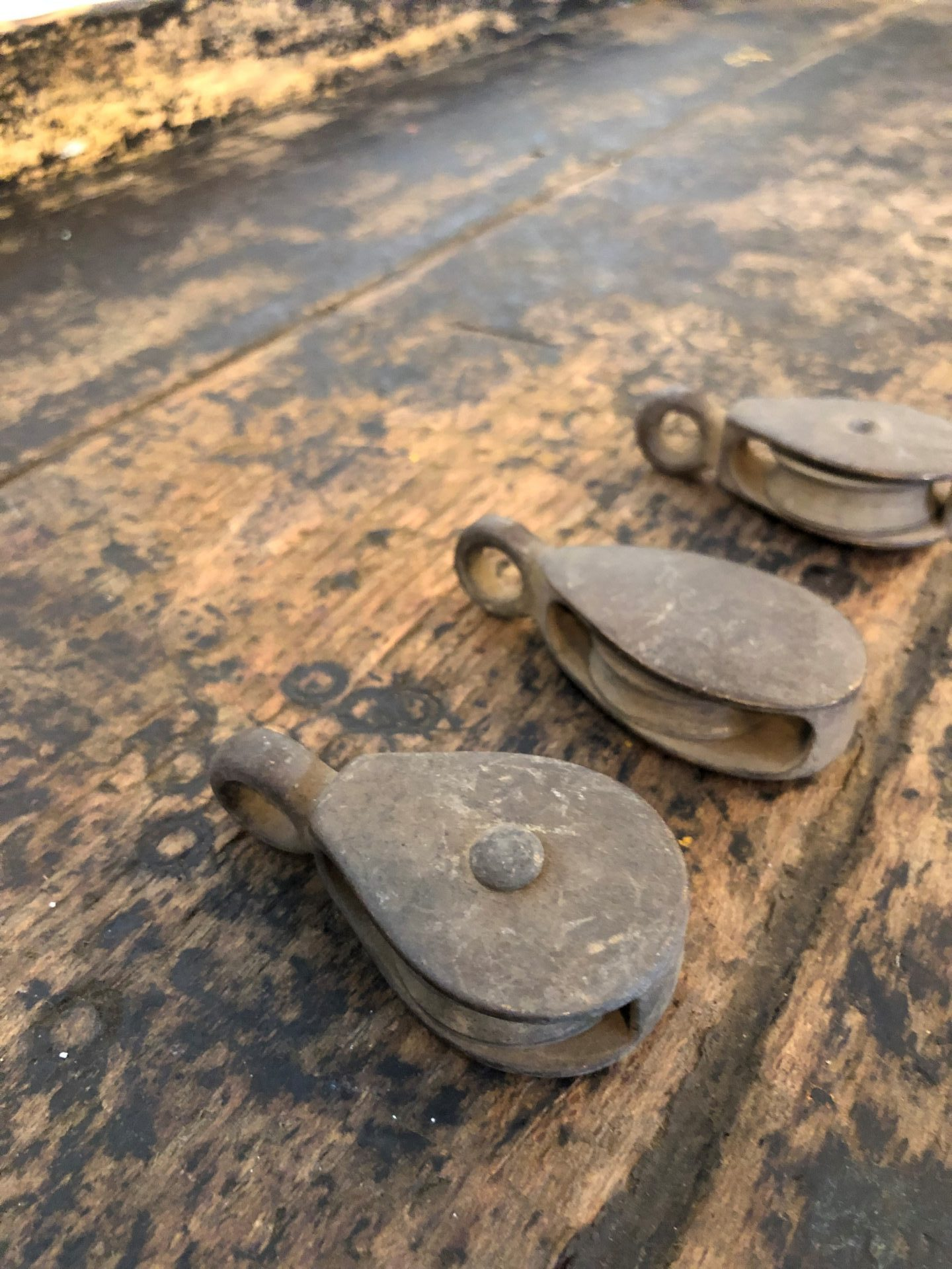 Aged-Pulleys2