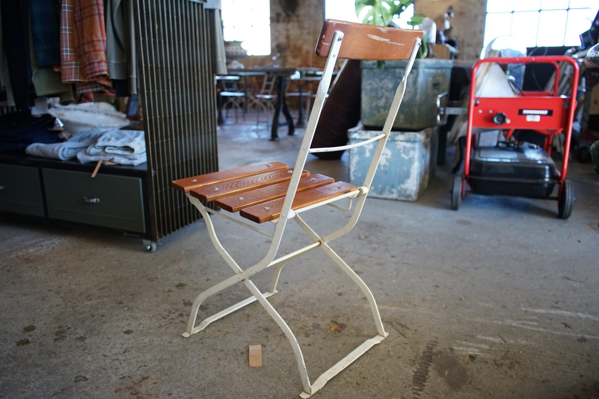 Beer-fest-Folding-Chairs-White4