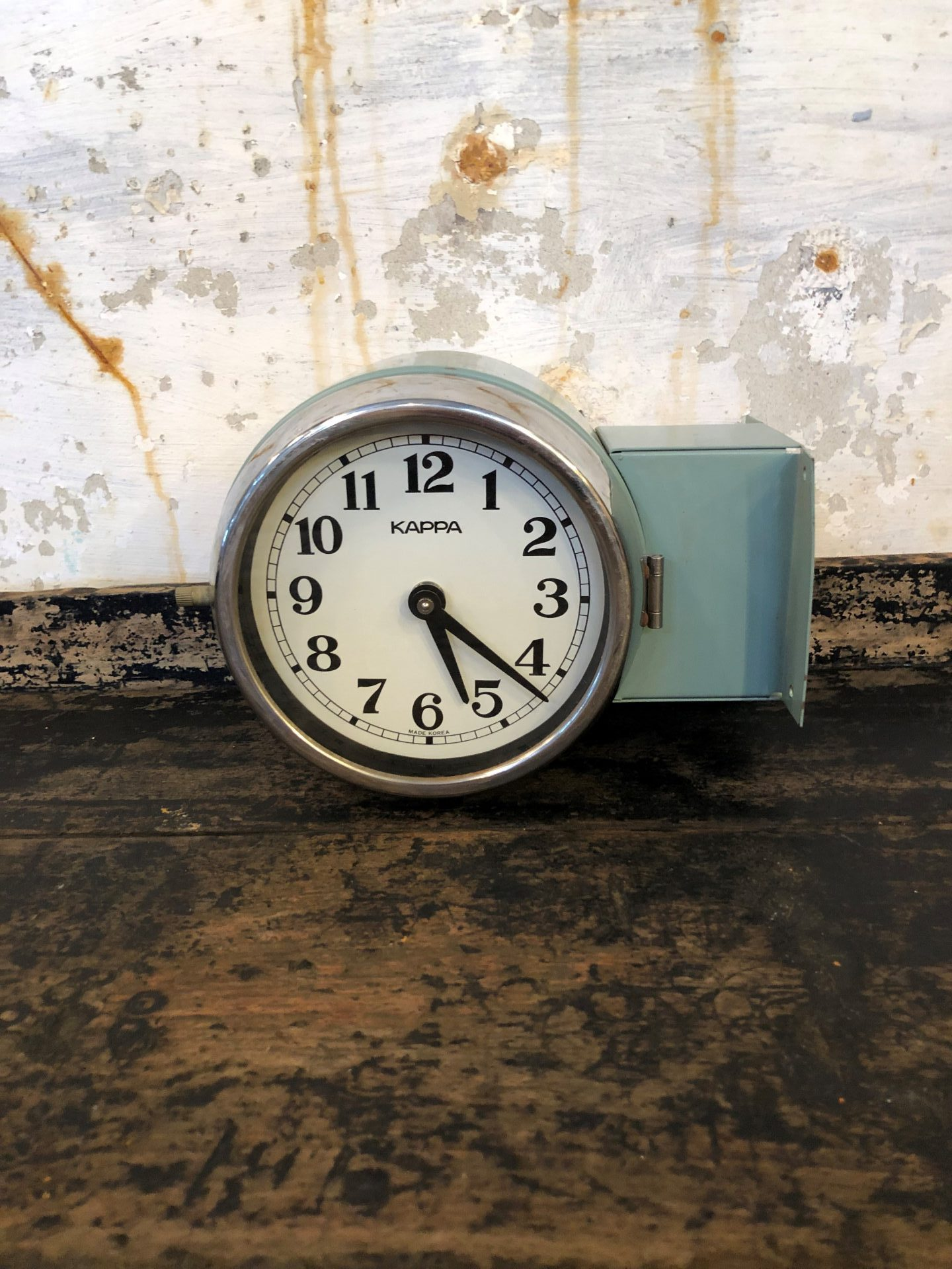 Twin-Sided-Kappa-Ship-Clock2
