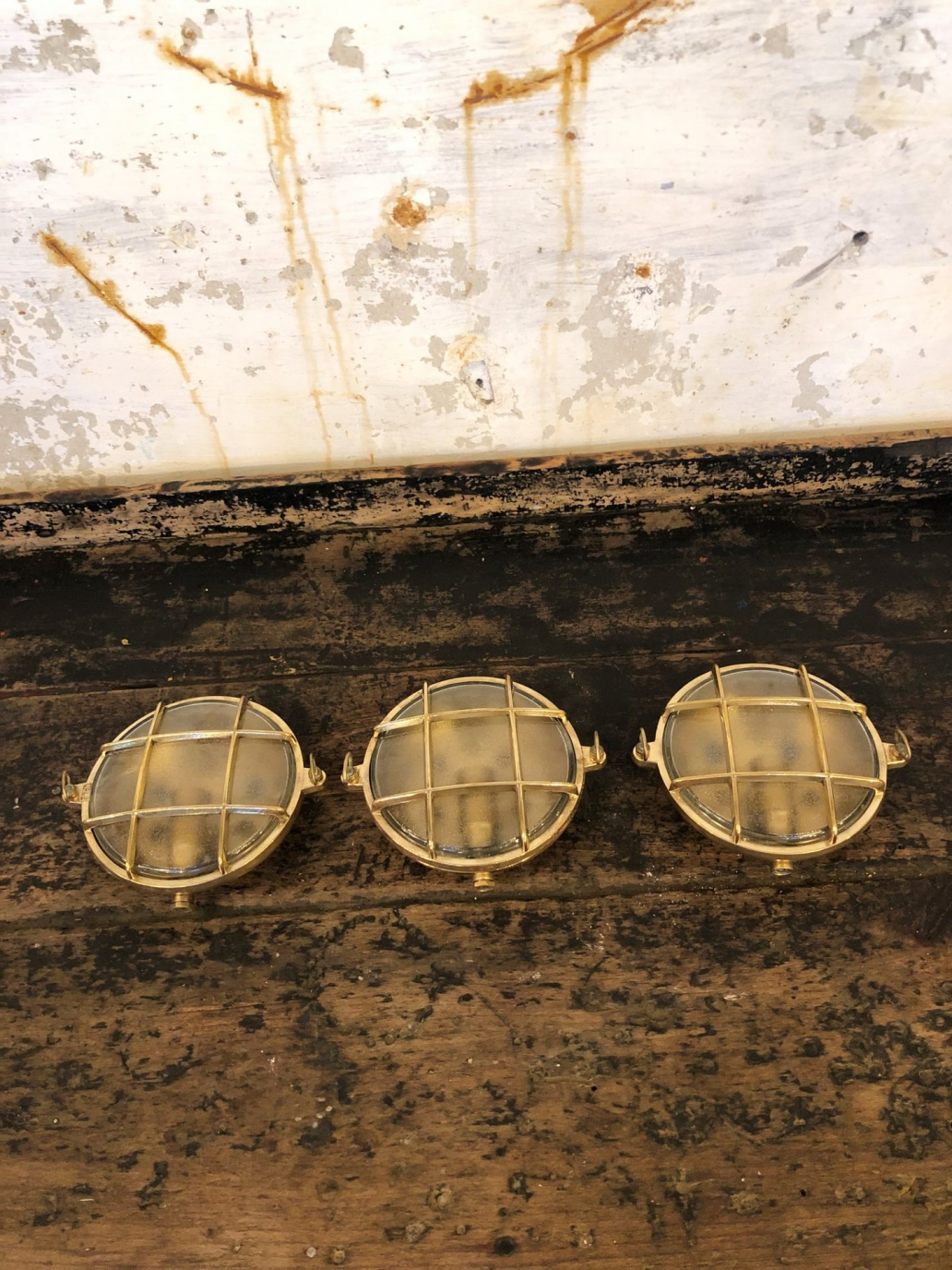 italian-flat-brass-ship-lights3