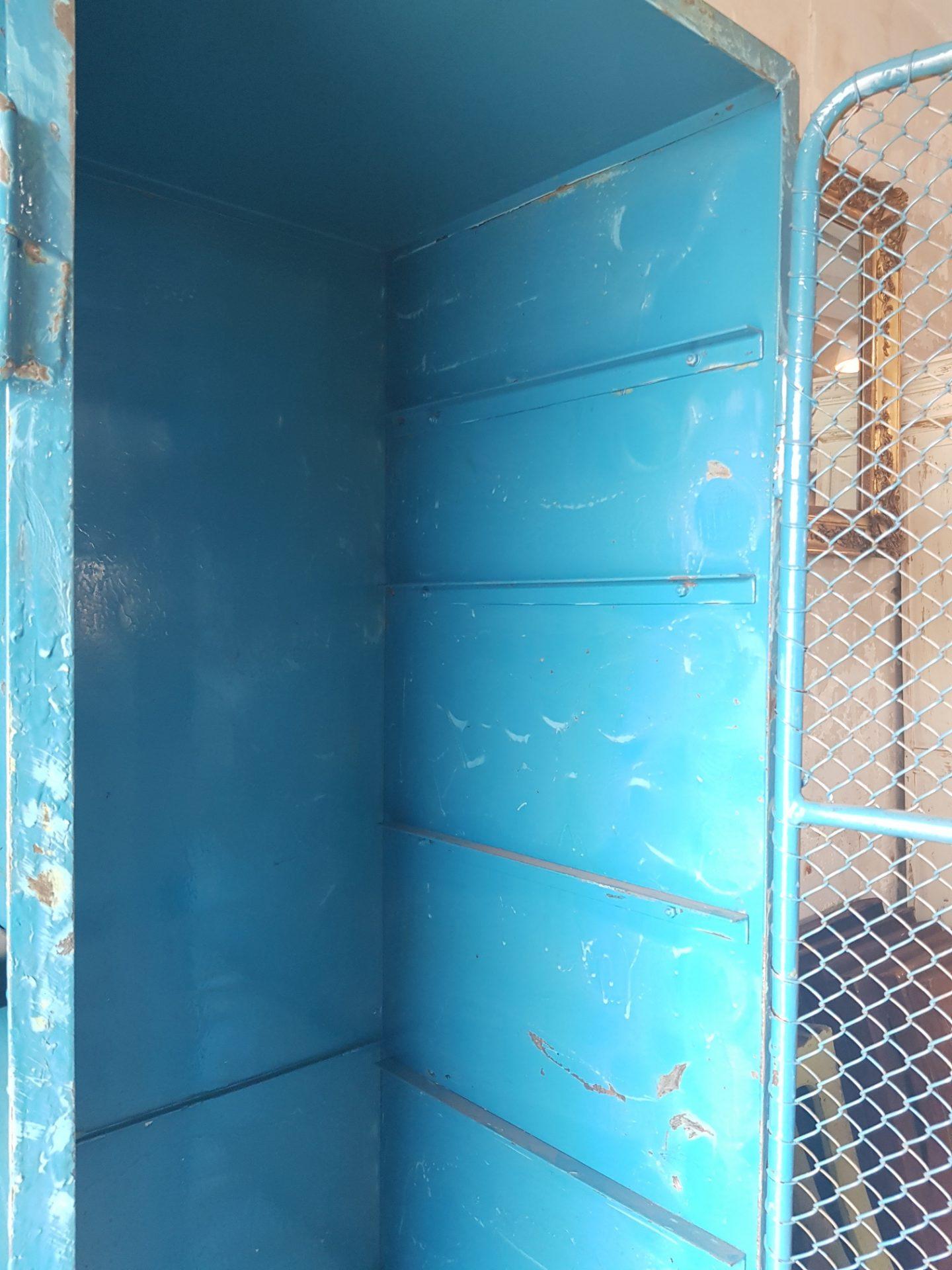 Blue-cabinet3