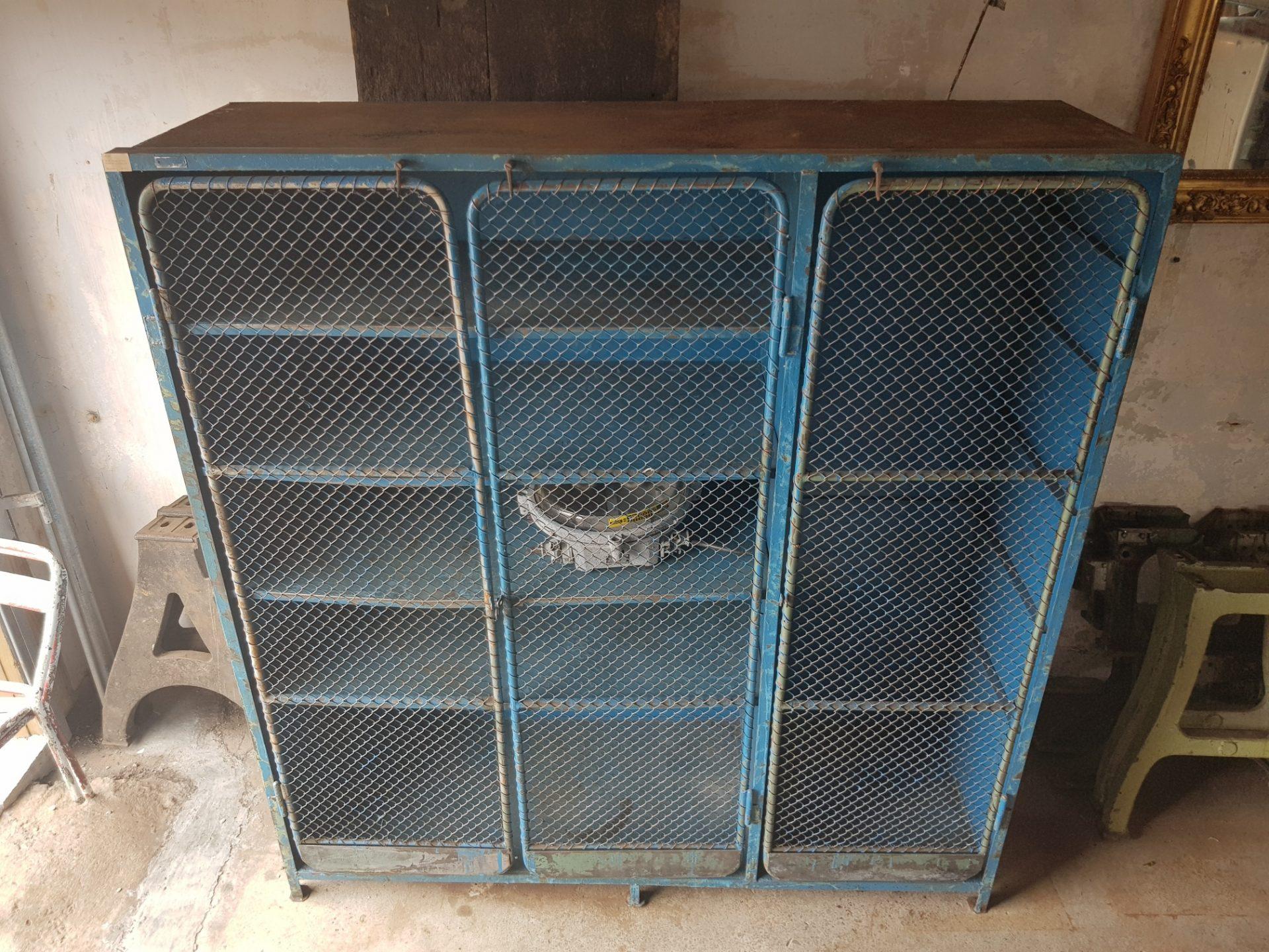 Blue-cabinet6