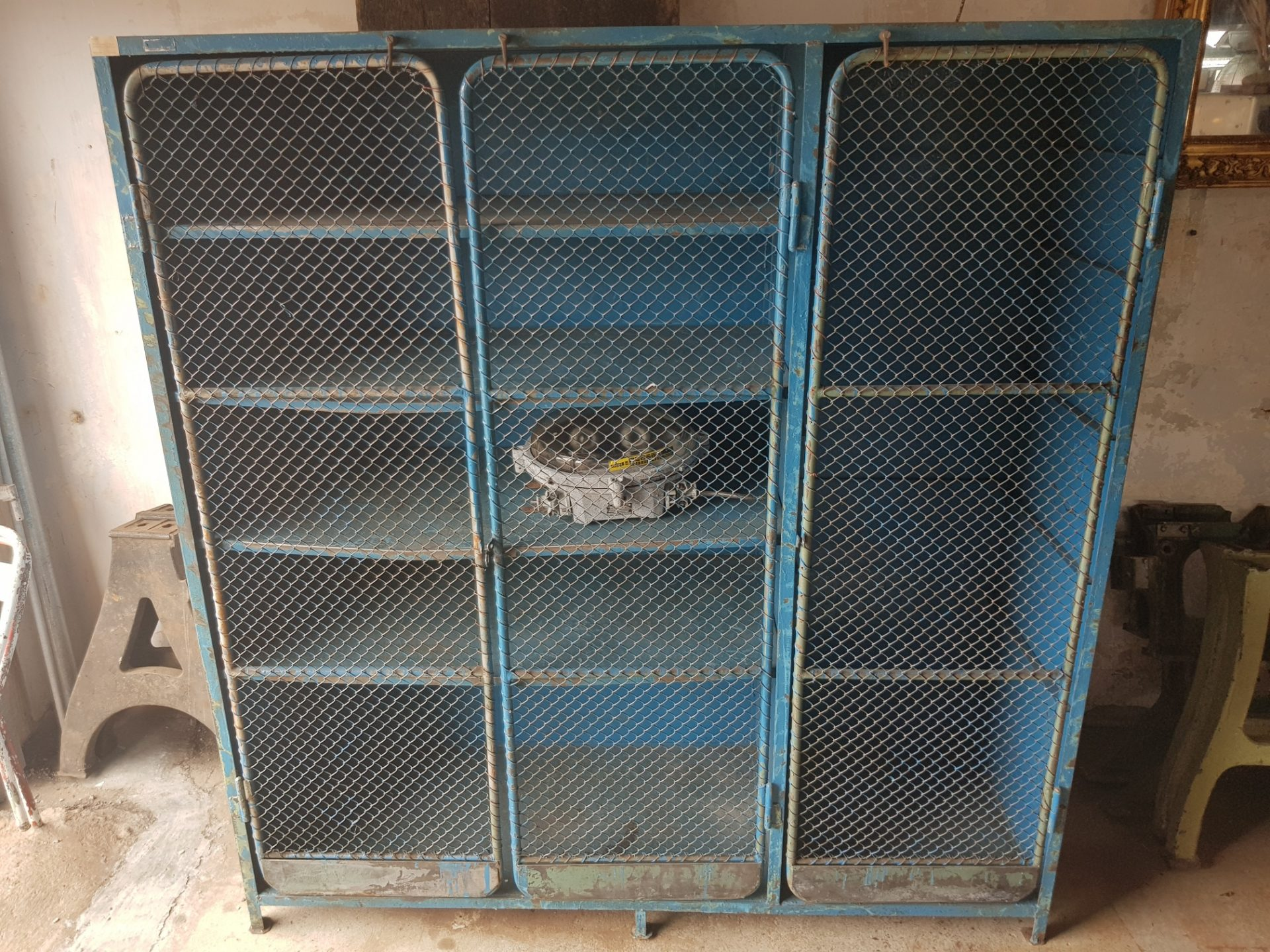 Blue-cabinet7