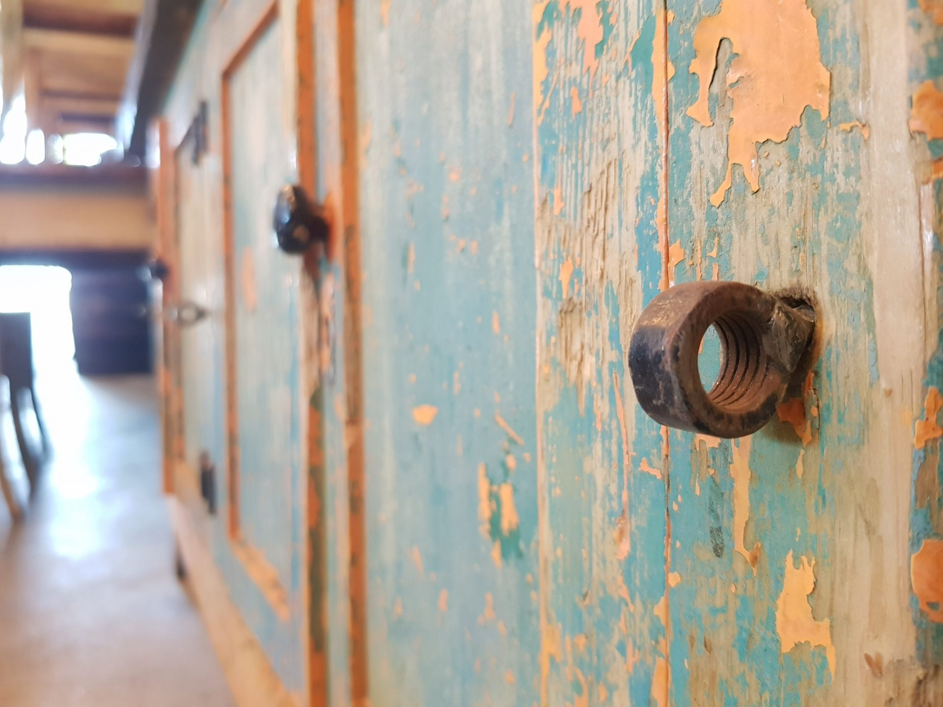 French-4-Door-Workbench2