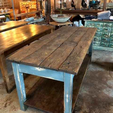 island-table-with-blue-legs1