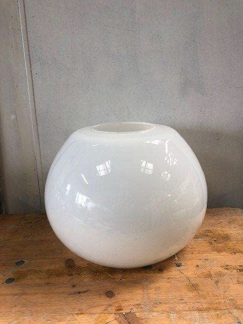 Round-Opaline