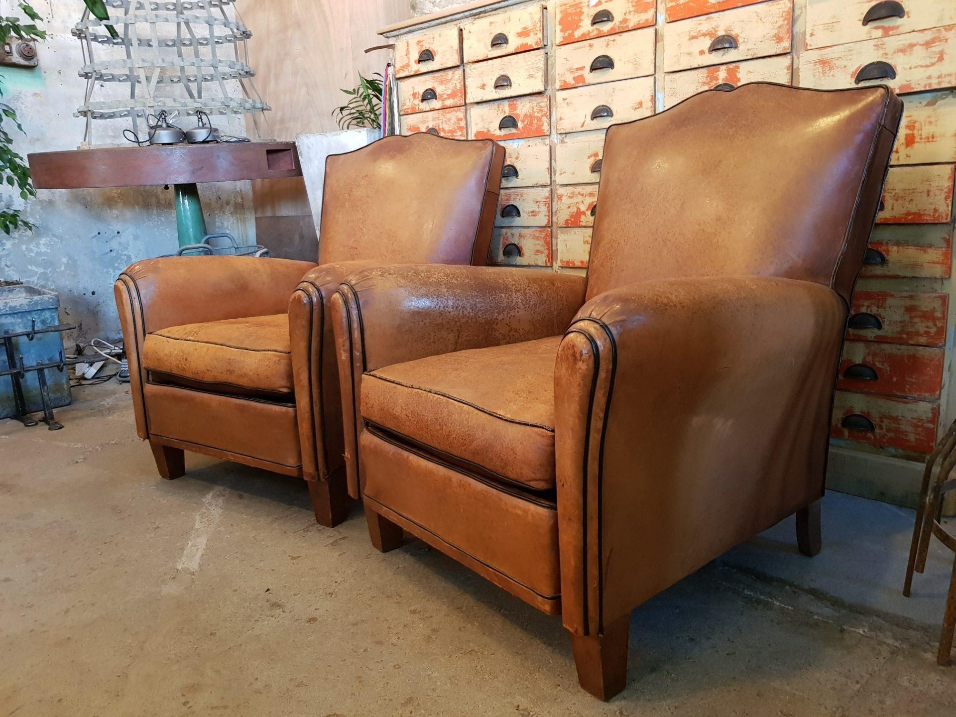 club-chairs1
