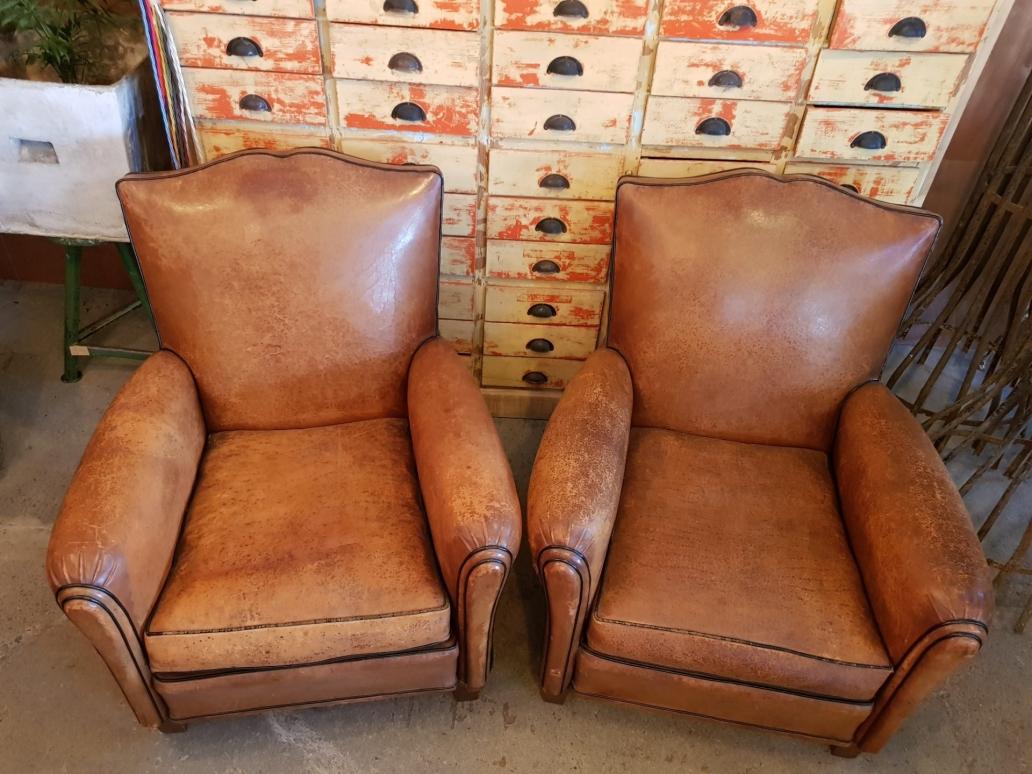 club-chairs2