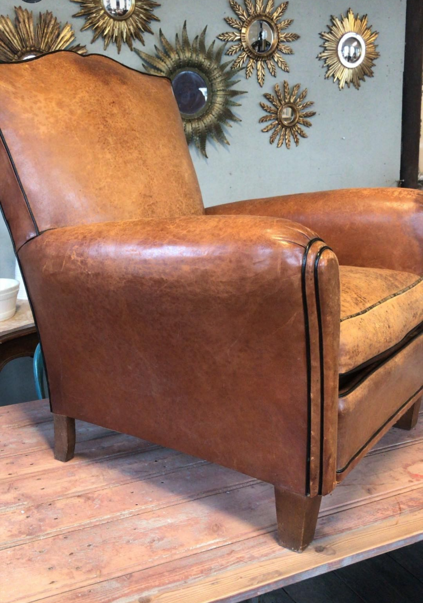 club-chairs5