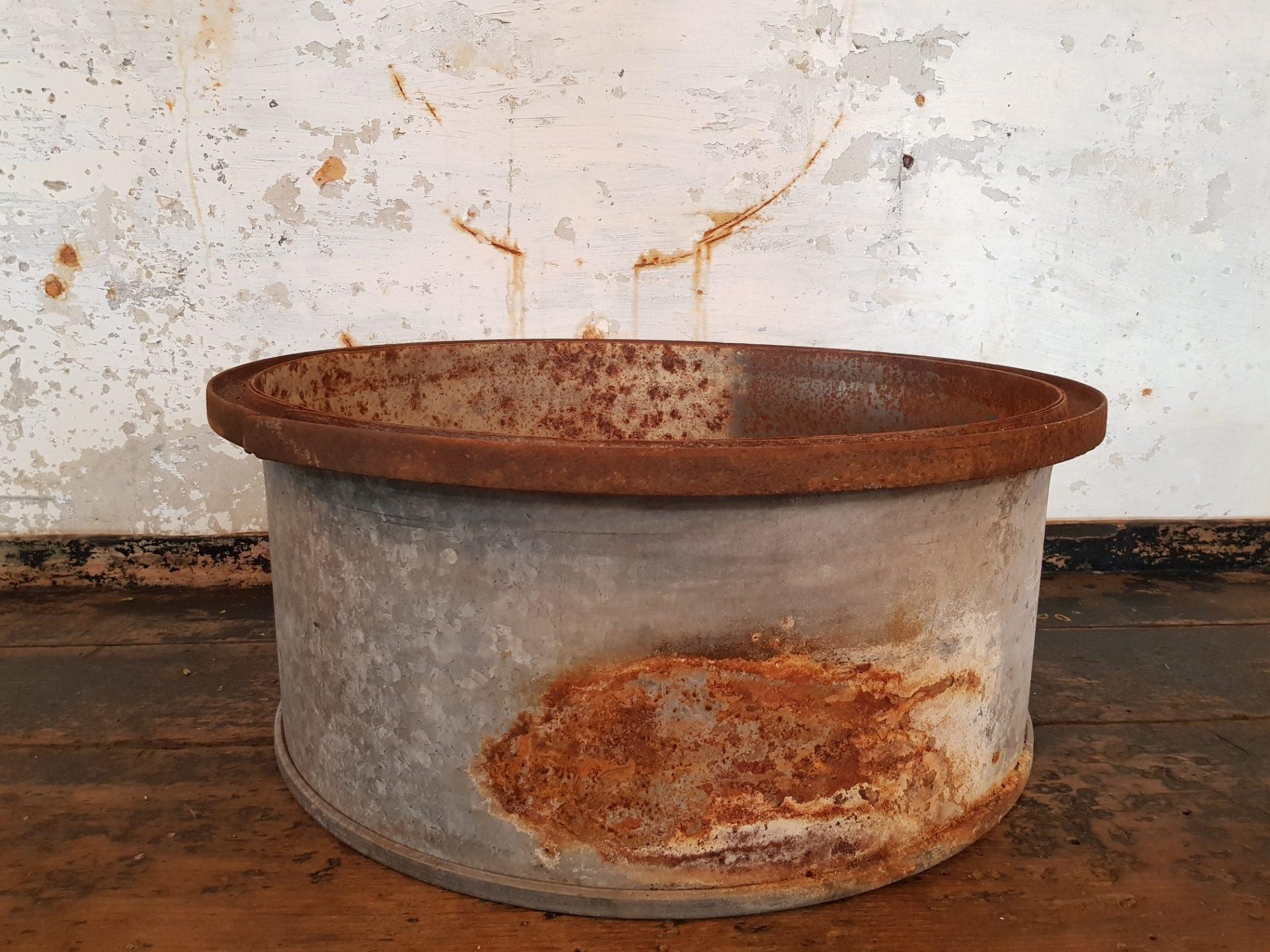 oil-tub