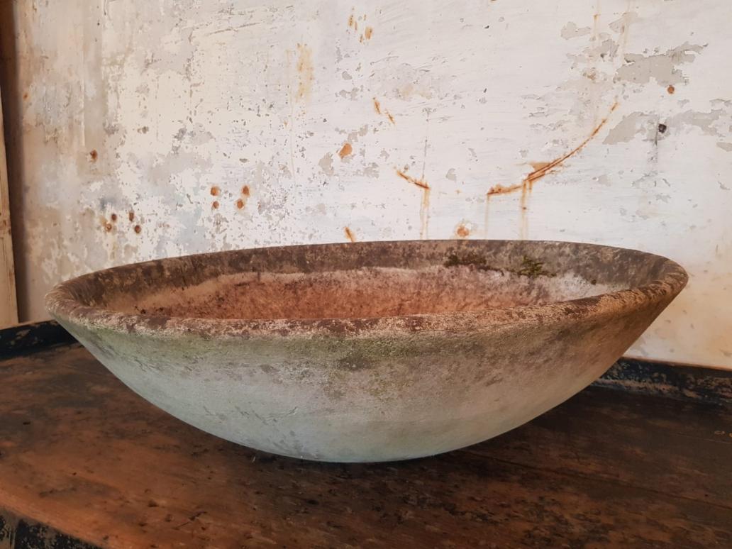 willy-guhl-large-round-planter1