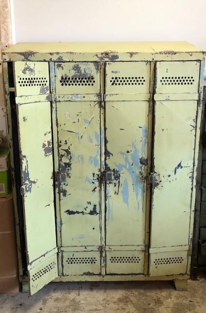 yellow-lockers