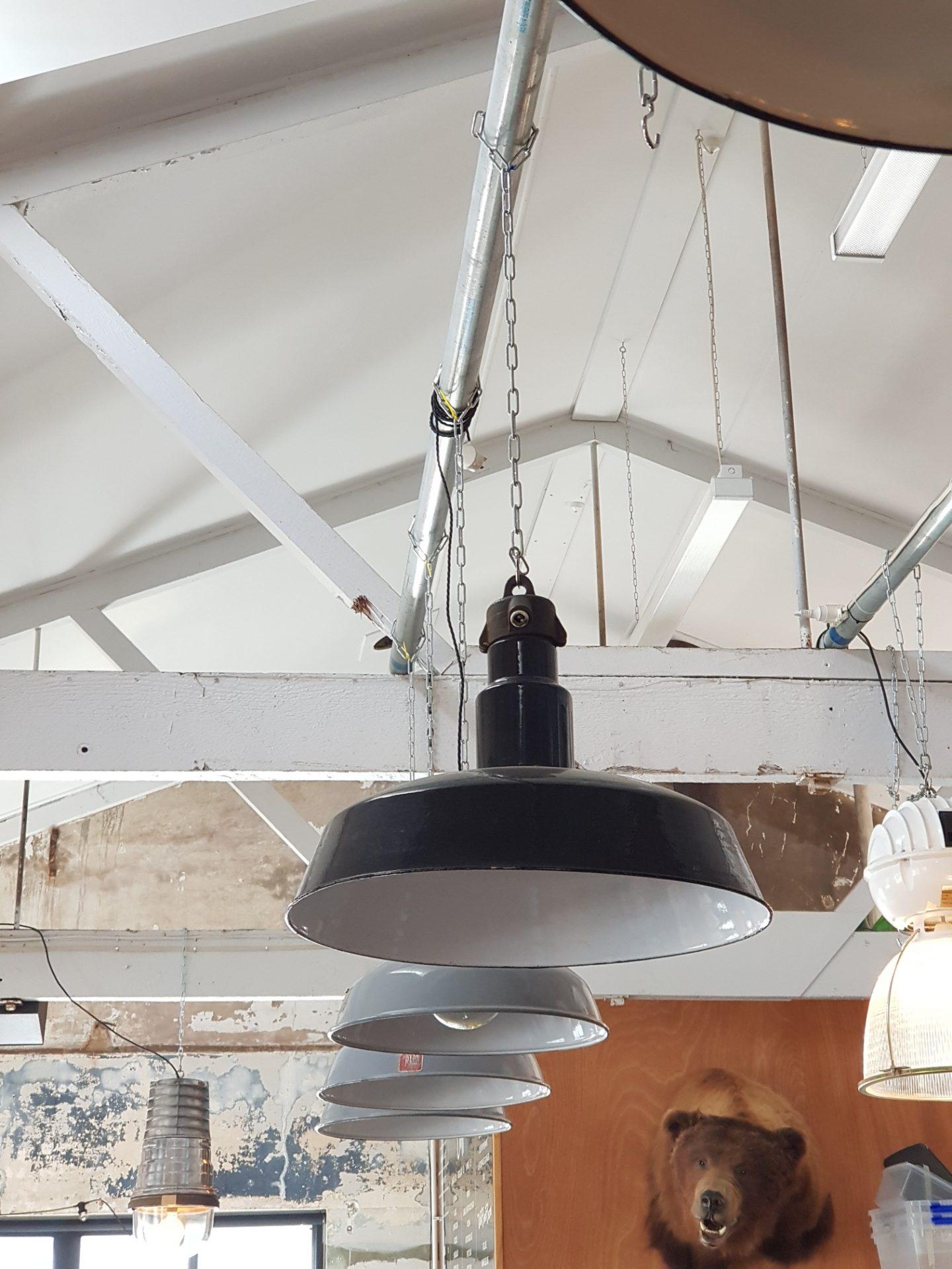 Large-Workshop-Bauhaus-lights-Germany-3