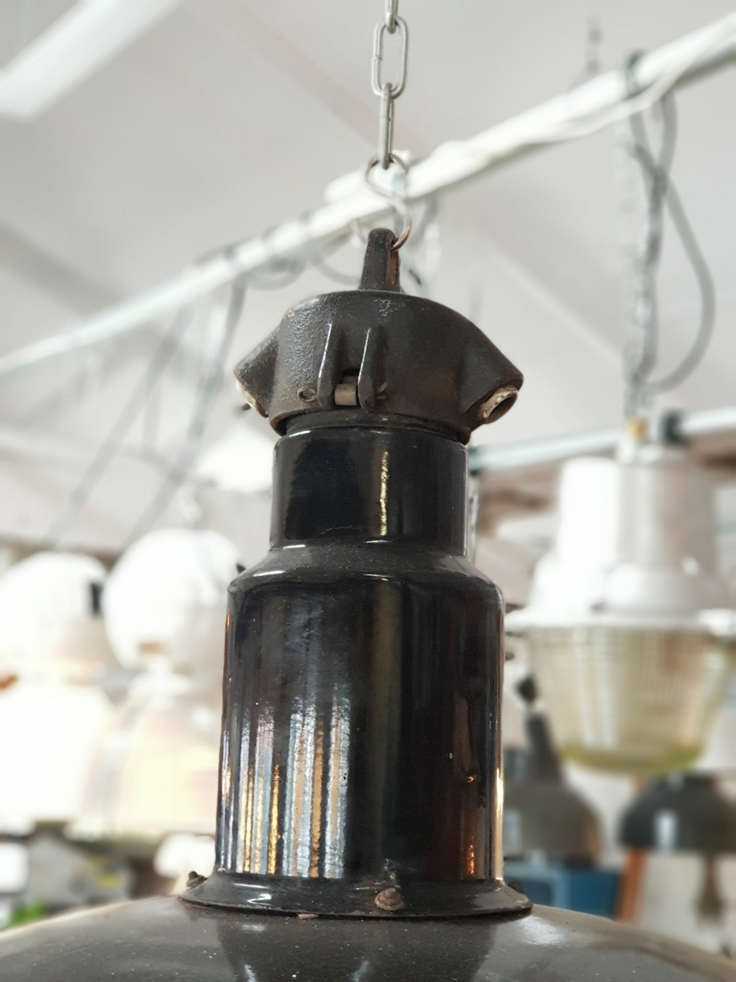 Large-Workshop-Bauhaus-lights-Germany