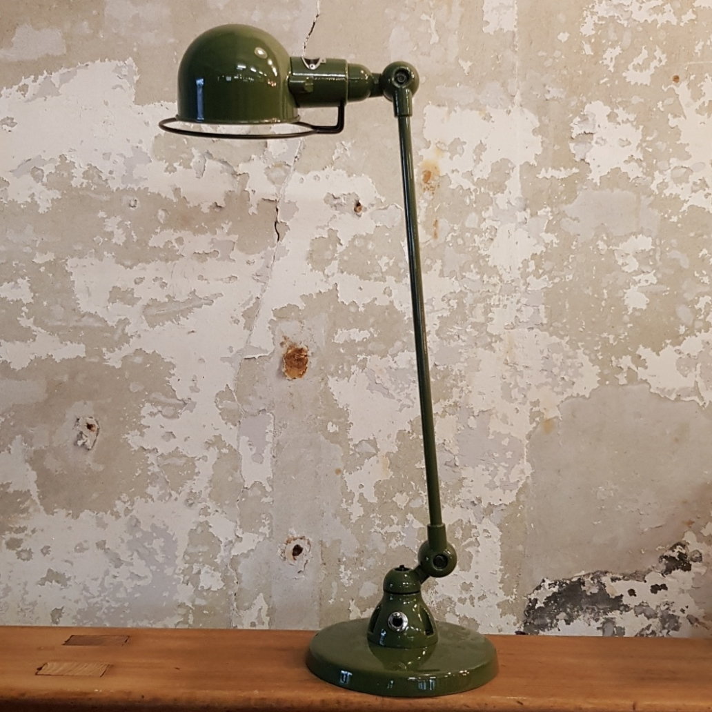Signal-SI400-Desk-Lamp-–Olive-Green-5