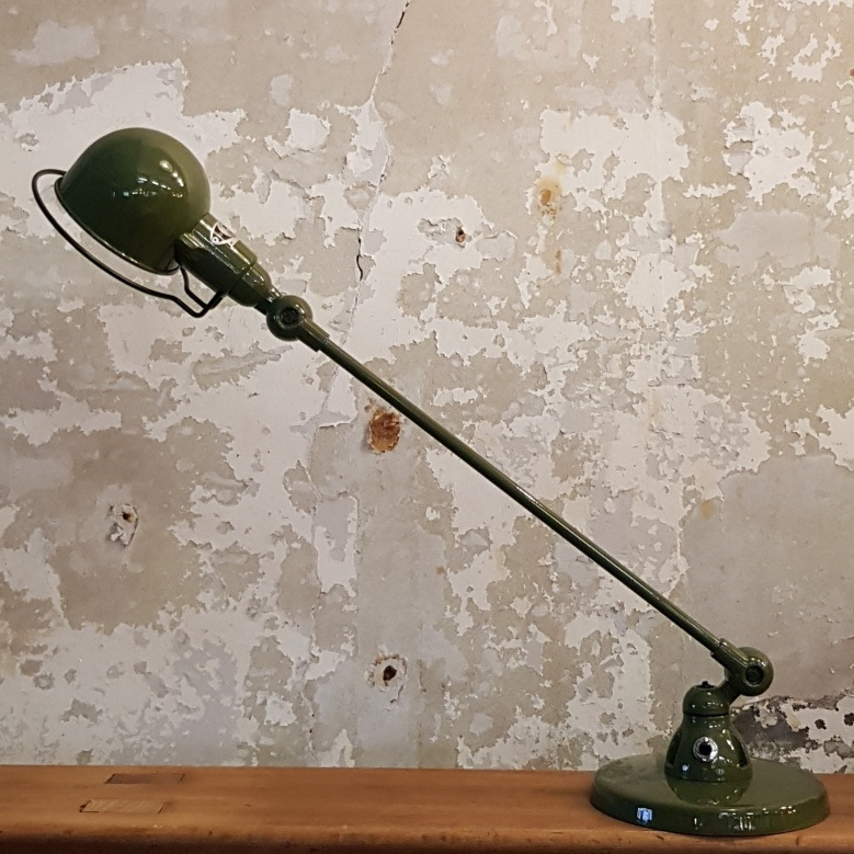 Signal-SI400-Desk-Lamp-–Olive-Green-6
