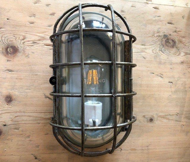 ovallight2