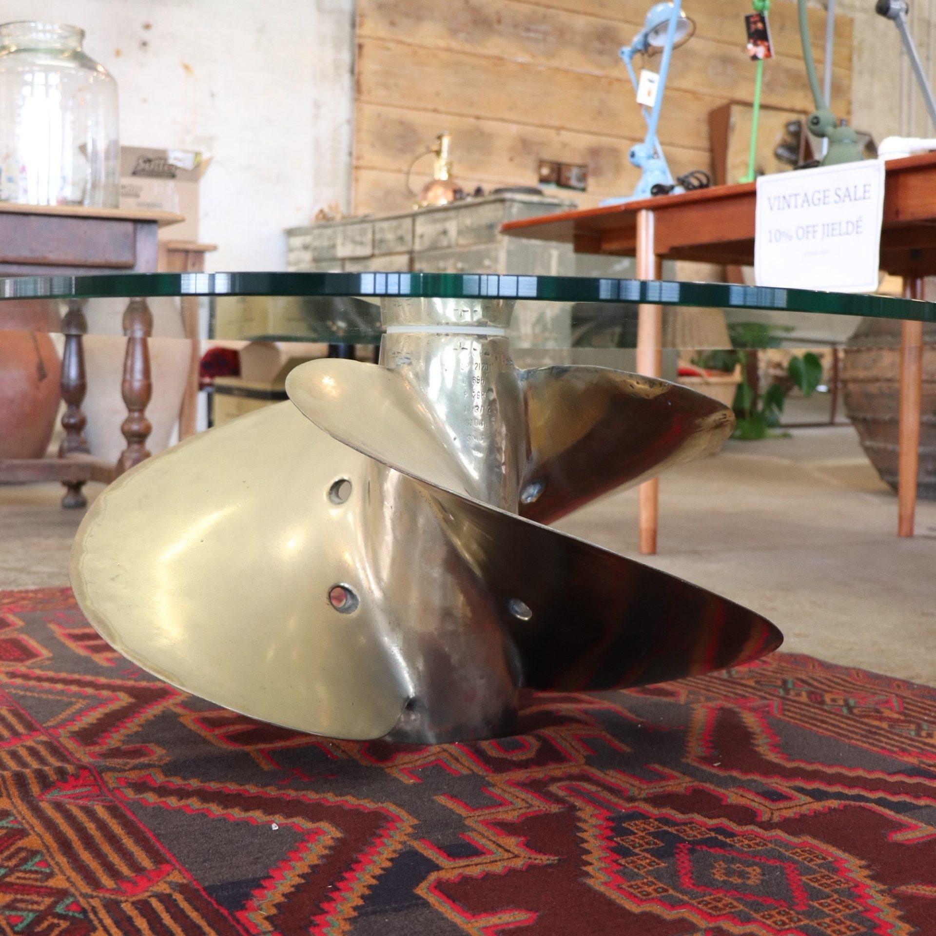 propellertable1